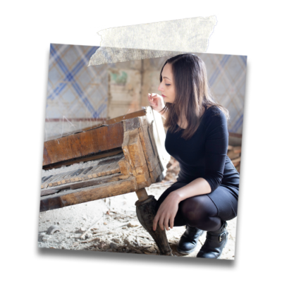 Sofia Tapinassi, Pianist & author of the Project